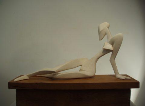 Femme allongée. Platres. L, 0m 60.