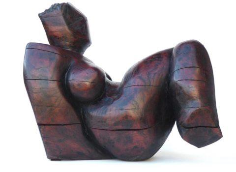 Femme contortionnée 1. Chène. H 0m 40.