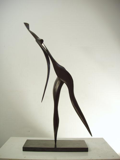 Femme qui marche 1. Bronze. H, 0m 87.